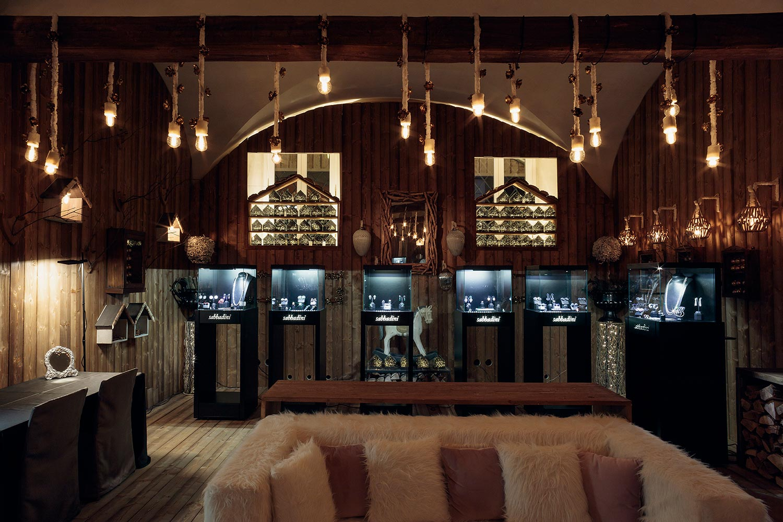 Sabbadini Jewelry at The Four Seasons Hotel in Milan